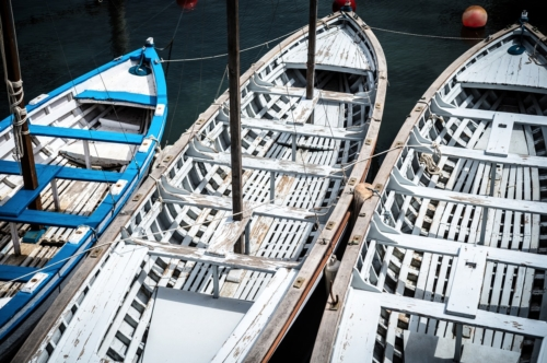 Old wooden rowboat - slon.pics - free stock photos and illustrations