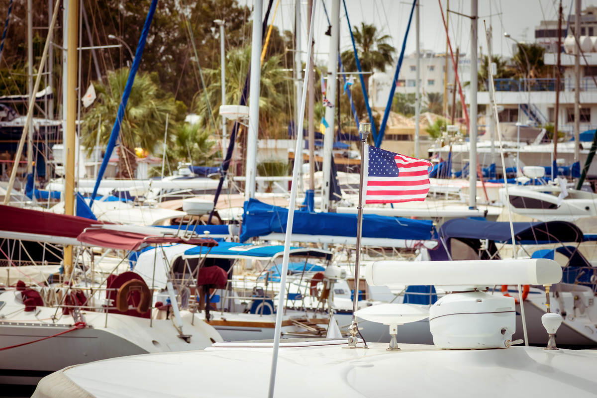 Boats docked in a harbor - slon.pics - free stock photos and illustrations