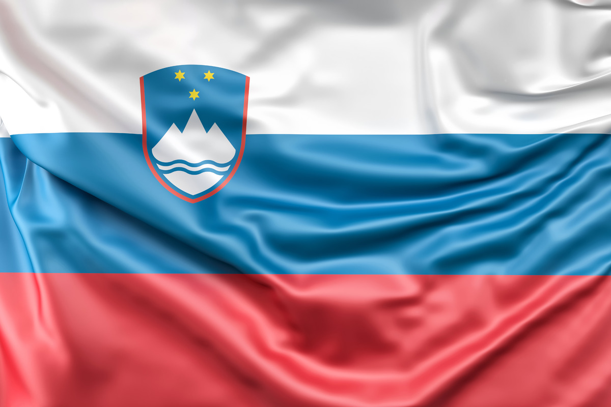 Flag of Slovenia - slon.pics - free stock photos and illustrations