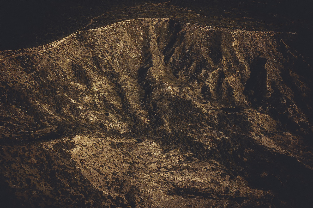 Aerial view of dry mountain range - slon.pics - free stock photos and illustrations
