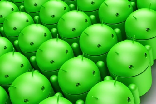 Crowd of green android robots. 3D illustration - slon.pics - free stock photos and illustrations