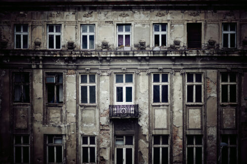 Facade of an old building - slon.pics - free stock photos and illustrations