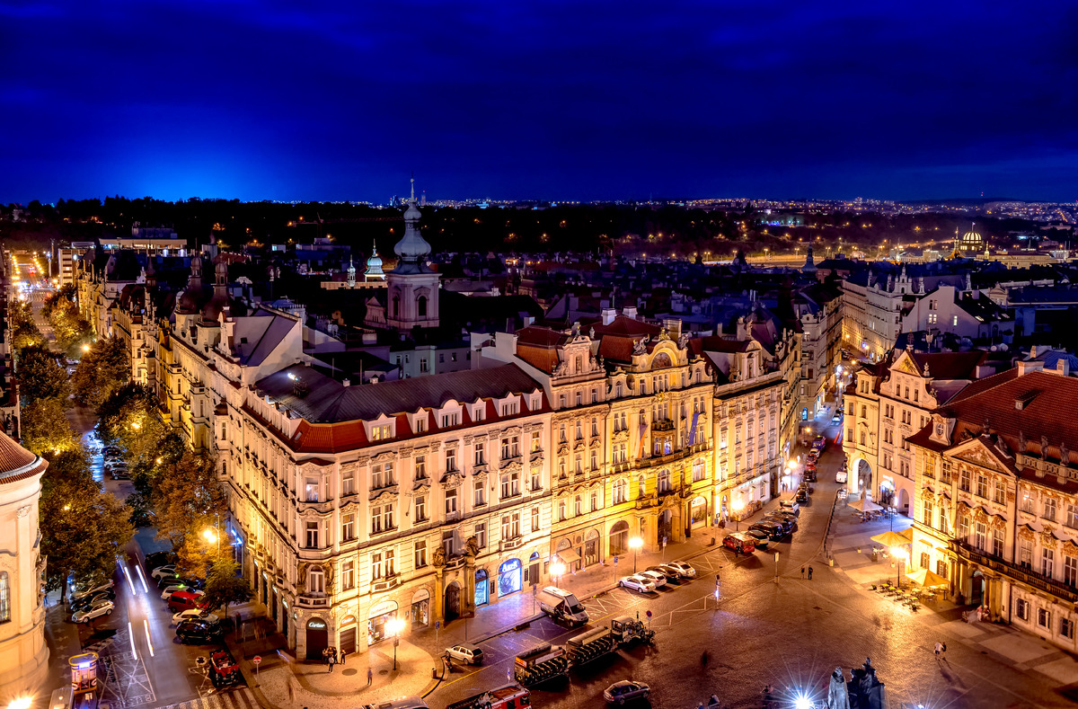 Old Town Square at dusk. Prague, Czech Republic - slon.pics - free stock photos and illustrations