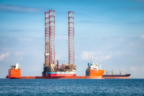 Semi-submersible oil rig vessel - slon.pics - free stock photos and illustrations
