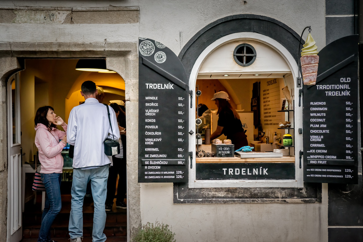 Traditional trdelnik pastry shop. Historic center of Cesky Krumlov, Czech Republic. September 06, 2016 - slon.pics - free stock photos and illustrations
