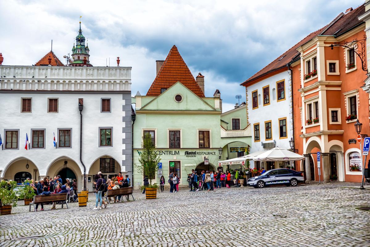 Unidentified people on the Namesti Svornosti square, historic old town. Cesky Krumlov, Czech Republic. September 06, 2016 - slon.pics - free stock photos and illustrations