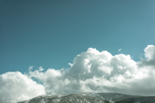 Clouds floating over mountain - slon.pics - free stock photos and illustrations