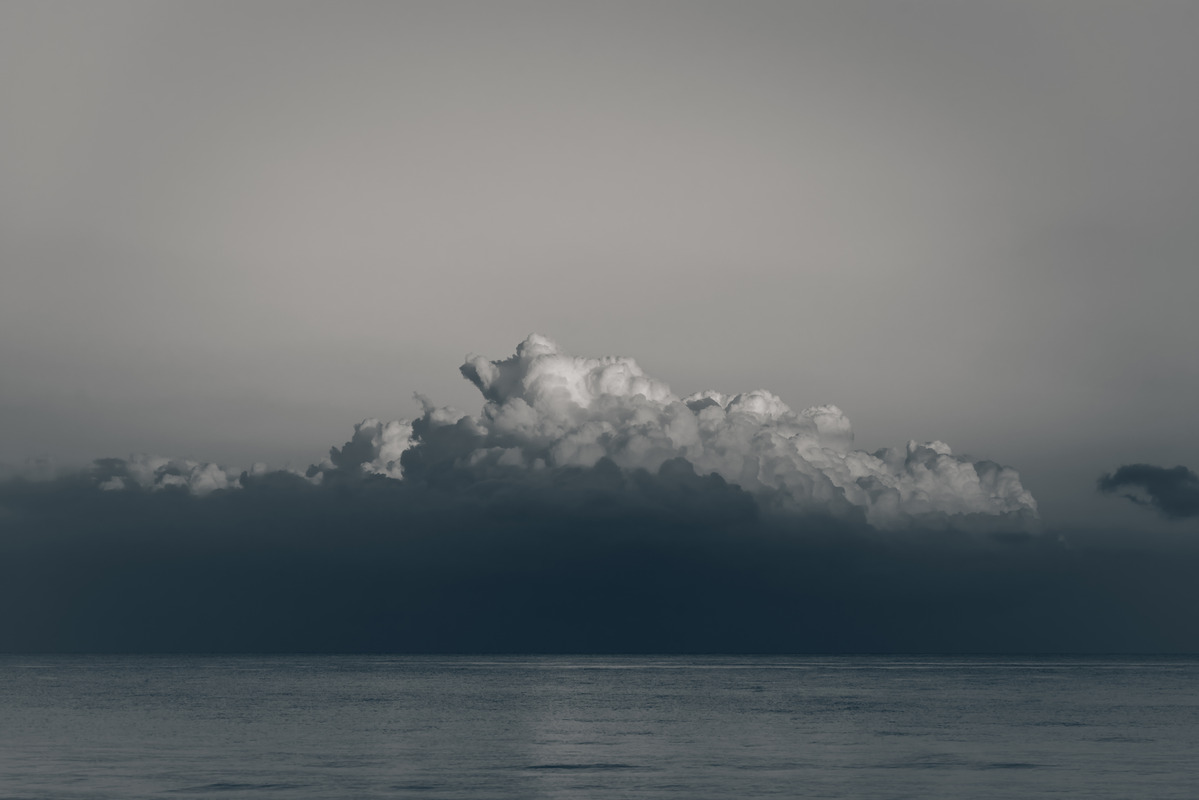 Clouds over the sea - slon.pics - free stock photos and illustrations