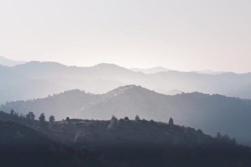 Foggy Mountains Silhouette - slon.pics - free stock photos and illustrations