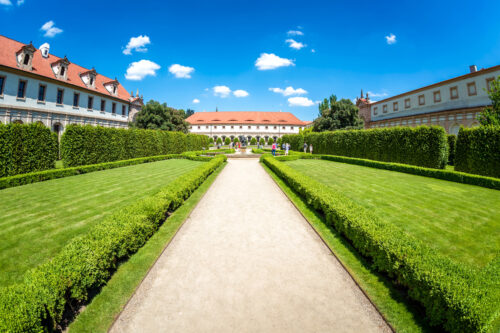 Alley at Wallenstein Garden. Prague, Czech Republic - slon.pics - free stock photos and illustrations