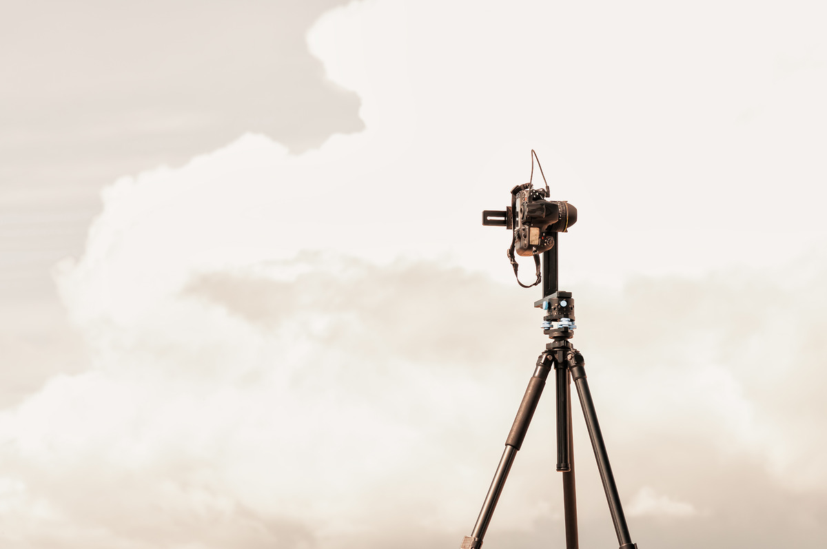 Camera on a tripod with panoramic head - slon.pics - free stock photos and illustrations