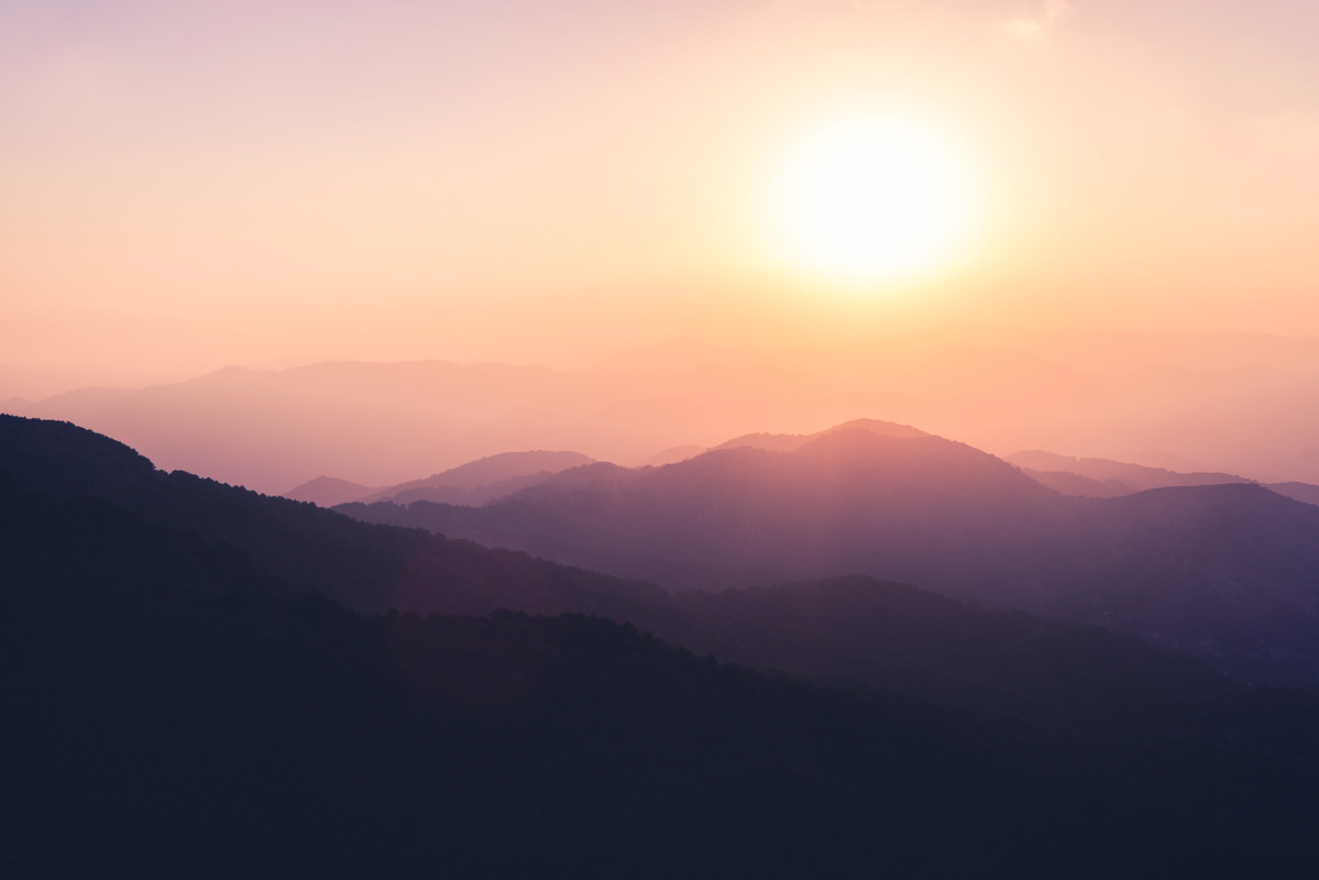 Landscape purple silhouettes of mountains and hills - slon.pics - free stock photos and illustrations