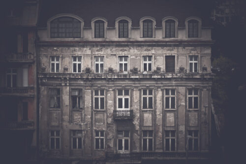 Facade of an old abandoned house. Belgrade, Serbia - slon.pics - free stock photos and illustrations