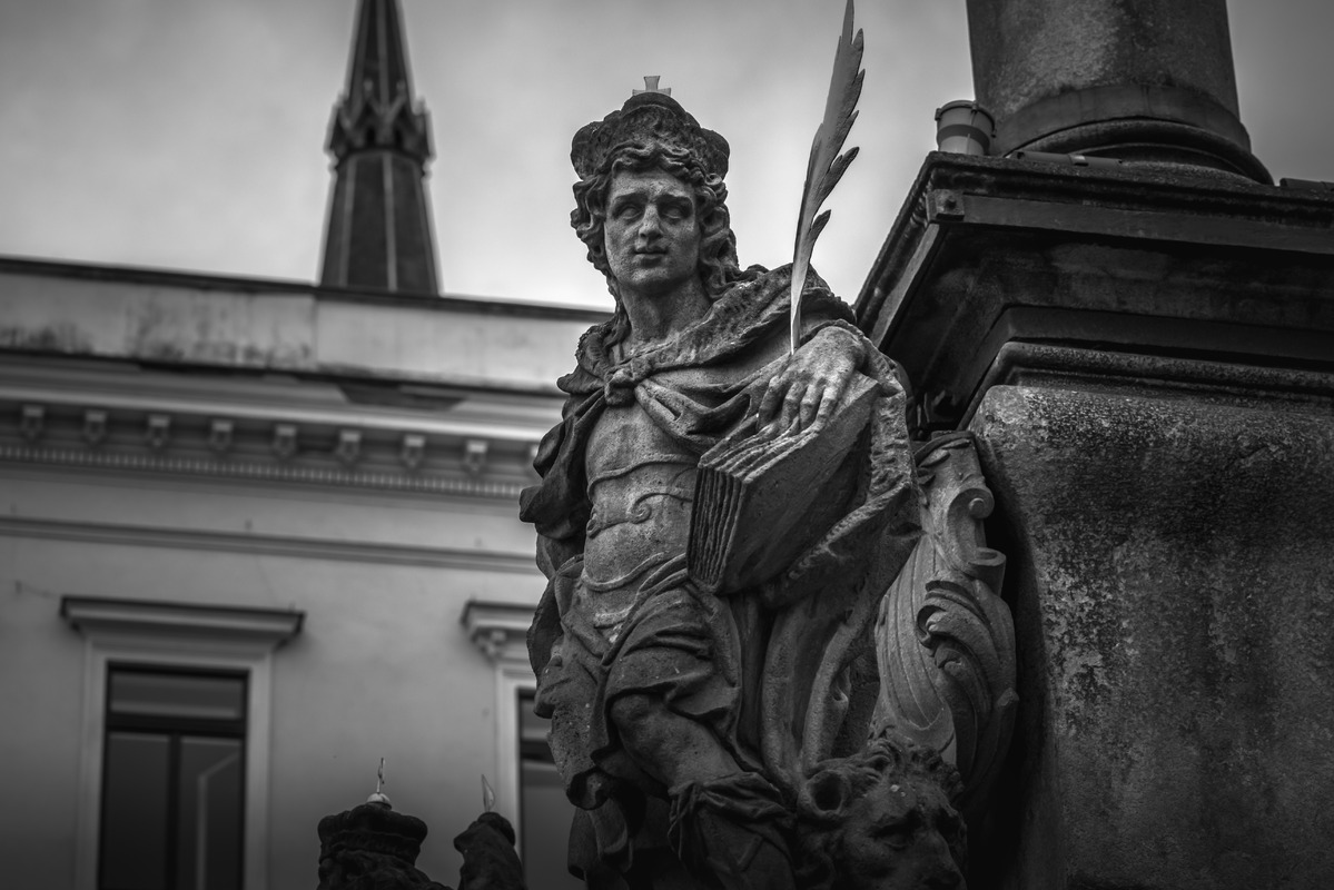 Statue at plague column in Cesky Krumlov, Czech republic - slon.pics - free stock photos and illustrations