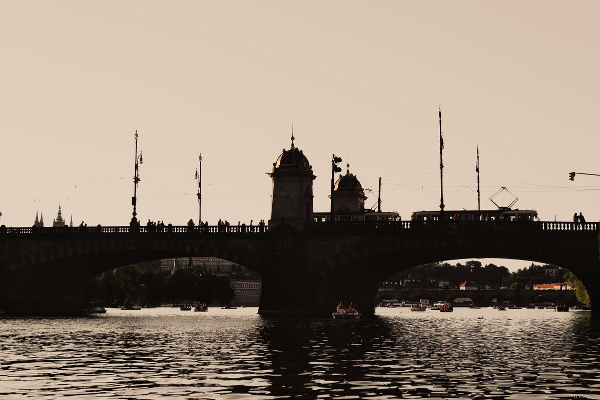 Silhouette of Legion Bridge on Vltava river. Prague, Czech Republic - slon.pics - free stock photos and illustrations