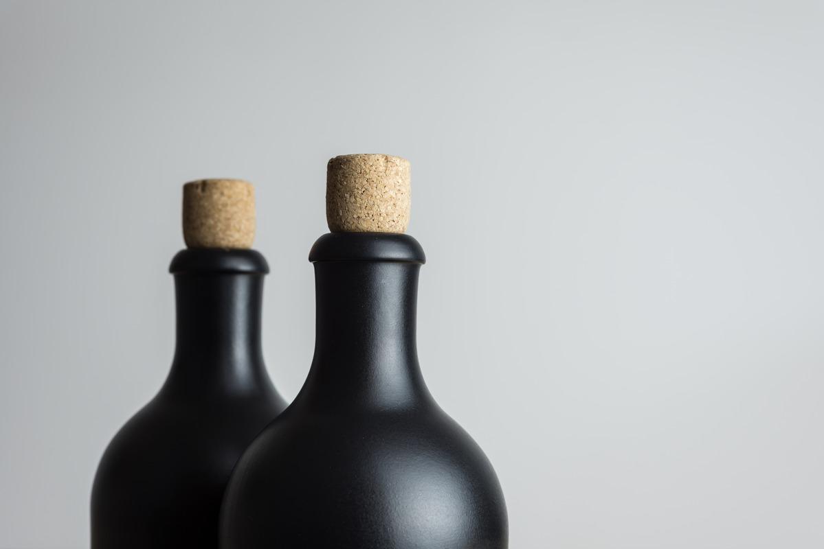 Bottles - slon.pics - free stock photos and illustrations