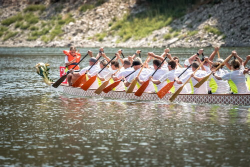 Dragon boat race team - slon.pics - free stock photos and illustrations