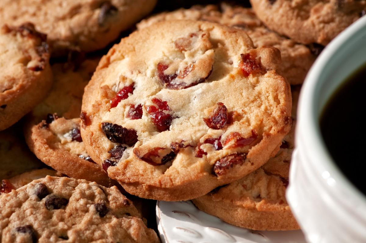 Mug and cookies - slon.pics - free stock photos and illustrations