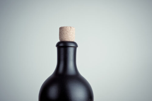 Black bottle - slon.pics - free stock photos and illustrations