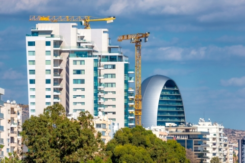 Construction of high-rise buildings in Limassol - slon.pics - free stock photos and illustrations