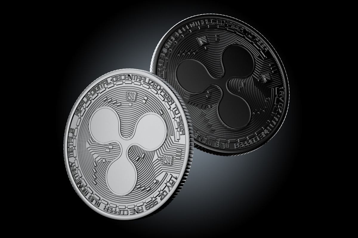 Dark Ripple coins - slon.pics - free stock photos and illustrations