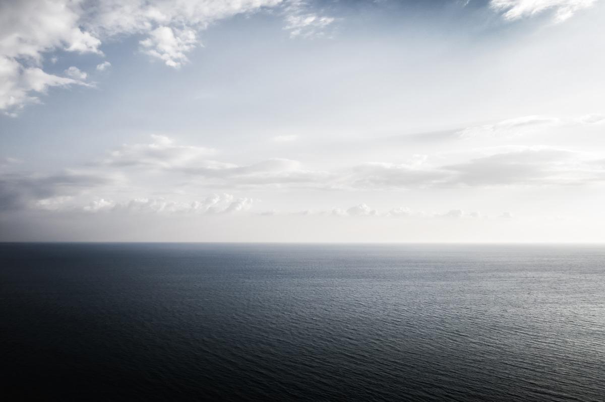 Seascape at dusk - slon.pics - free stock photos and illustrations