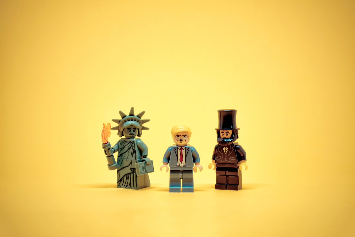 Statue of Liberty, Lincoln and Trump. Democracy concept - slon.pics - free stock photos and illustrations