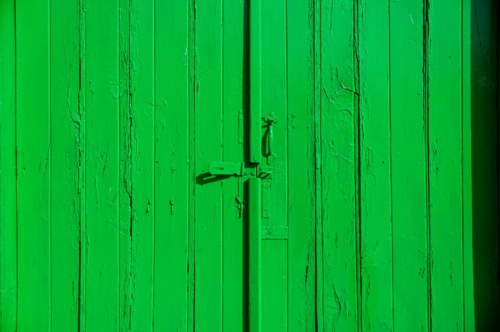 Bright green painted wooden door - slon.pics - free stock photos and illustrations