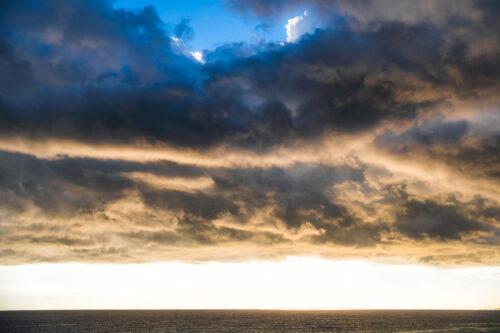 Dusk over mediterranean sea - slon.pics - free stock photos and illustrations