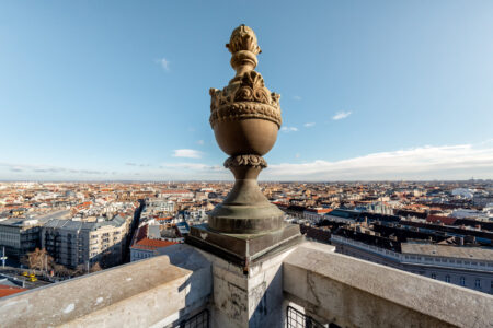 Panoramic view of Budapest St. Stephen's Basilica - slon.pics - free stock photos and illustrations