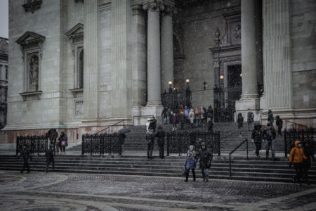 People at the stairs of St. Stephen's Basilica - slon.pics - free stock photos and illustrations