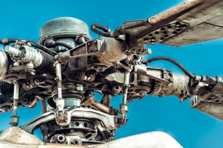 Rotor blades and rotor head of military helicopter - slon.pics - free stock photos and illustrations